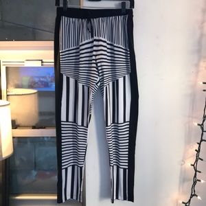 Clover canyon black and white printed pants